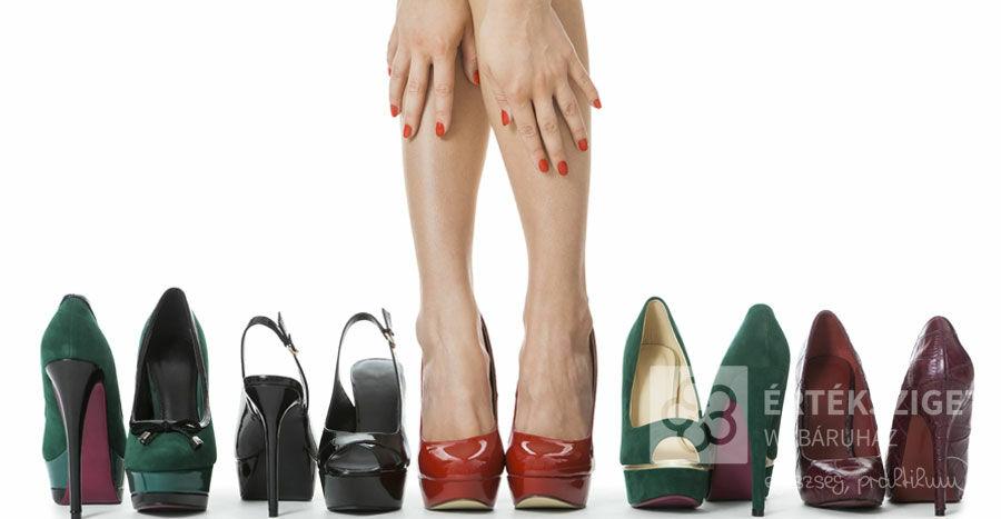A női gardrób két lakója, amely jelentősen megnehezítheti a láb működését